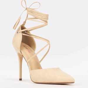 Heels faux Suede strappy nude Size 8